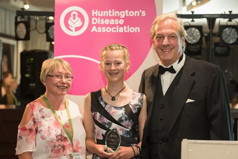 Jessica wins Young Volunteer of the Year award